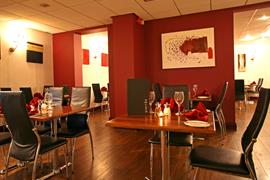 hotel-st-pierre-dining-03-83901