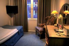 88169_005_Guestroom