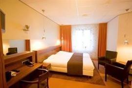 92695_007_Guestroom