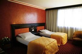 93492_005_Guestroom