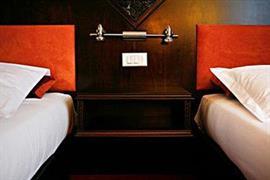 93492_006_Guestroom