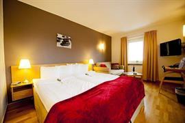88168_003_Guestroom