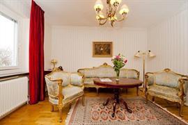 88168_005_Guestroom