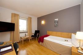 88168_007_Guestroom