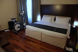 98219_003_Guestroom