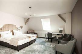 95463_006_Guestroom