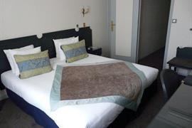 93503_003_Guestroom