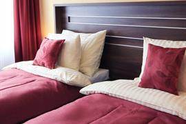 89619_006_Guestroom