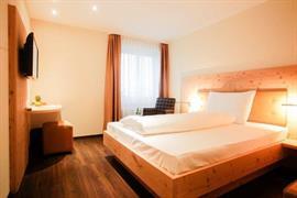 94228_004_Guestroom