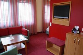 95431_003_Guestroom