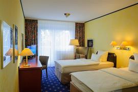 95240_007_Guestroom