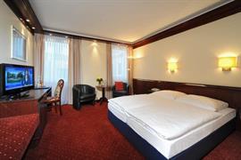 95025_007_Guestroom