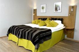 73083_006_Guestroom