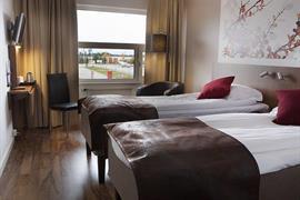 88203_004_Guestroom