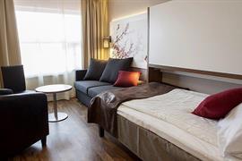 88203_005_Guestroom