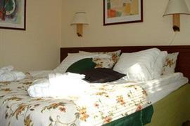 88146_005_Guestroom