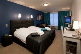 92627_005_Guestroom