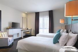 99061_004_Guestroom