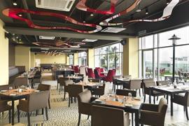 99061_006_Restaurant