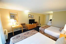 62027_007_Guestroom