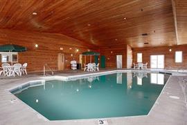 51063_004_Pool