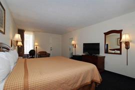 34110_006_Guestroom