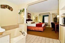43144_006_Guestroom