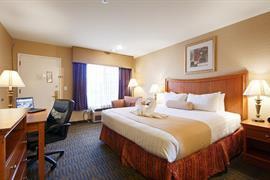 05251_006_Guestroom