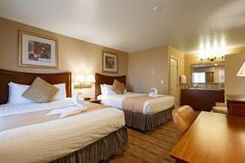 05251_007_Guestroom