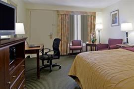 34117_006_Guestroom