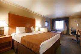 05664_005_Guestroom