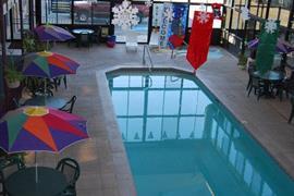 45062_003_Pool
