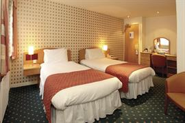 invercarse-hotel-bedrooms-16-83440