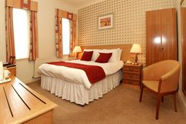 invercarse-hotel-bedrooms-29-83440