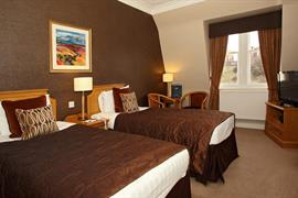 inverness-palace-hotel-bedrooms-28-83520
