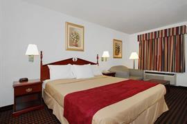 44528_004_Guestroom