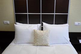 91211_007_Guestroom