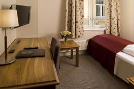 73113_005_Guestroom