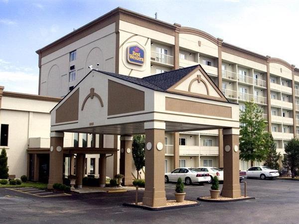 Hotels Near Kirkwood Mo