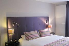 93788_005_Guestroom
