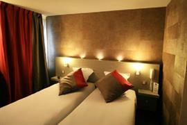 93756_002_Guestroom