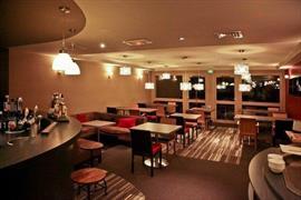 93756_003_Restaurant