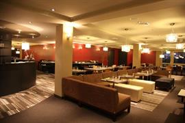 93756_004_Restaurant