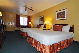 44477_007_Guestroom
