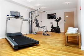 93734_006_Healthclub