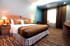 76801_004_Guestroom