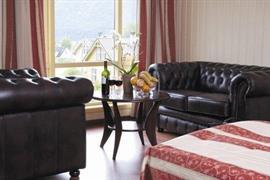 73093_005_Guestroom