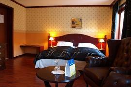 73093_006_Guestroom