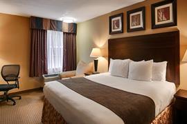 19110_004_Guestroom