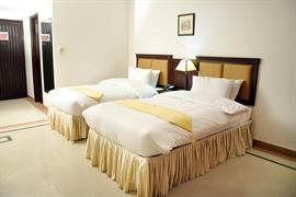 76602_003_Guestroom